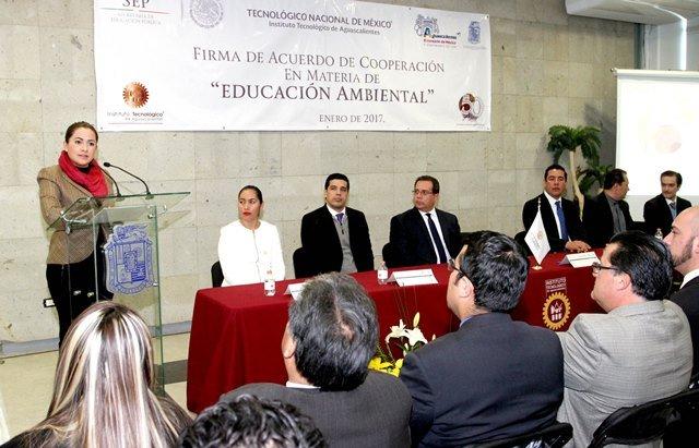 ¡Encabeza alcaldesa de Aguascalientes acuerdo de cooperación en materia de educación ambiental!