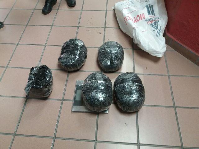 ¡Policías estatales y municipales de Calvillo aseguraron 9 kilos de marihuana en Aguascalientes!