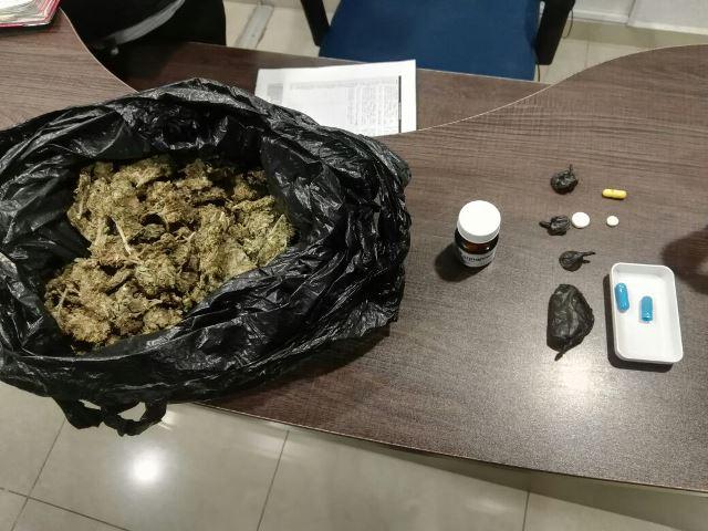 ¡Detuvieron a un taxista y 2 pasajeros con drogas en Aguascalientes!