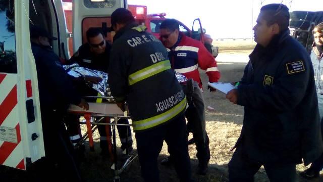 ¡Volcadura de un tráiler en Aguascalientes dejó al chofer lesionado!