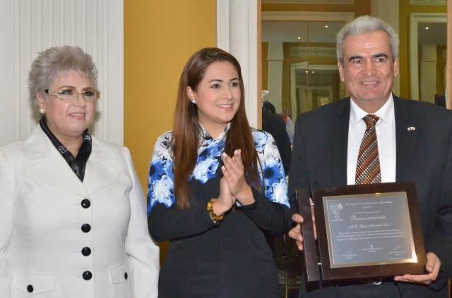 ¡Tomó protesta la alcaldesa Tere Jiménez a la nueva Mesa Directiva del Comité de Ciudades Hermanas Aguascalientes!