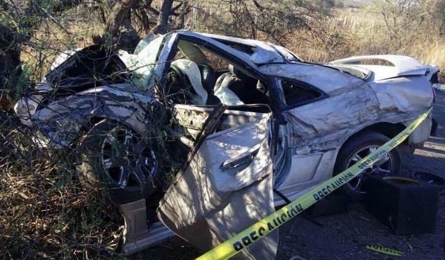 ¡3 muertos y 1 lesionado dejó la volcadura de un auto en Ciudad Cuauhtémoc, Zacatecas!