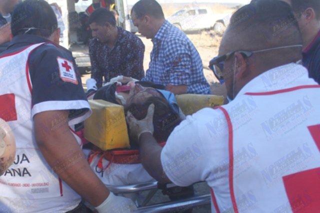 ¡Una mujer murió embestida y arrastrada en su camioneta por el tren en Lagos de Moreno!