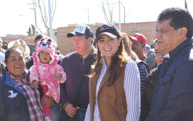 ¡Apuesta alcaldesa Tere Jiménez a programas de dignificación social!