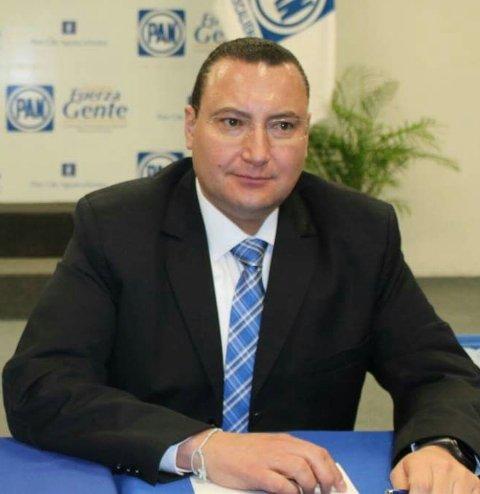 ¡Pide licencia Paulo Martínez para dejar el cargo de presidente estatal del PAN!