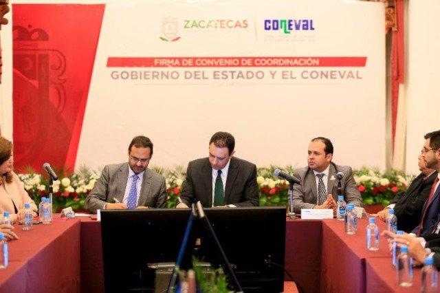 ¡Gobernador Alejandro Tello firma convenio con CONEVAL para asesoría y medición de impacto de políticas de combate a la pobreza!