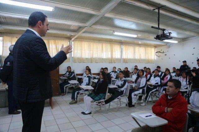 ¡Llama gobernador Alejandro Tello a jóvenes a no involucrarse en delitos y ser parte de la prevención!