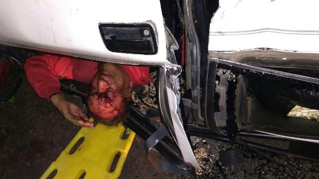 ¡Graves hombre y mujer tras la volcadura de una camioneta en Aguascalientes!