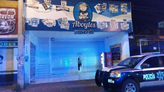 ¡Pistolero asaltó una dulcería en Aguascalientes y logró jugoso botín!