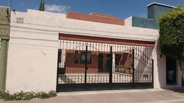 ¡Asaltaron otra residencia en Aguascalientes; ladrón agrede a la dueña!