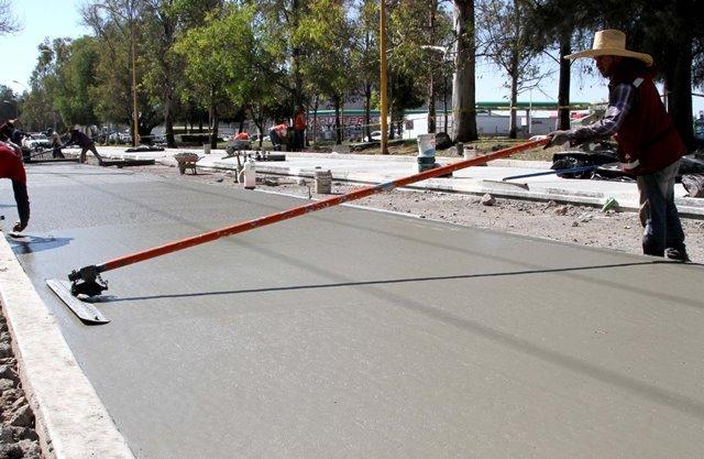 ¡Avanza pavimentación con concreto hidráulico en José María Chávez!