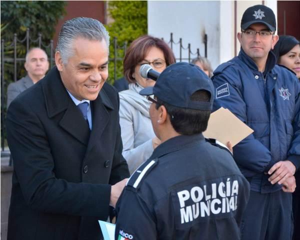 ¡Reconoce Noel Mata a policías municipales con destacado desempeño!