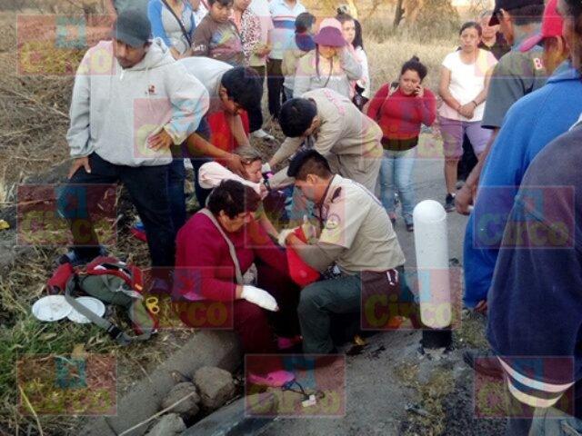 ¡Fuerte carambola dejó 4 mujeres lesionadas en Lagos de Moreno!