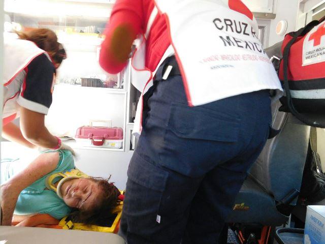 ¡Grave mujer atropellada por una automovilista en Aguascalientes!