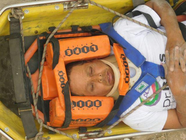 ¡Albañil se salvó de morir tras una caída de 12 metros en una construcción en Aguascalientes!