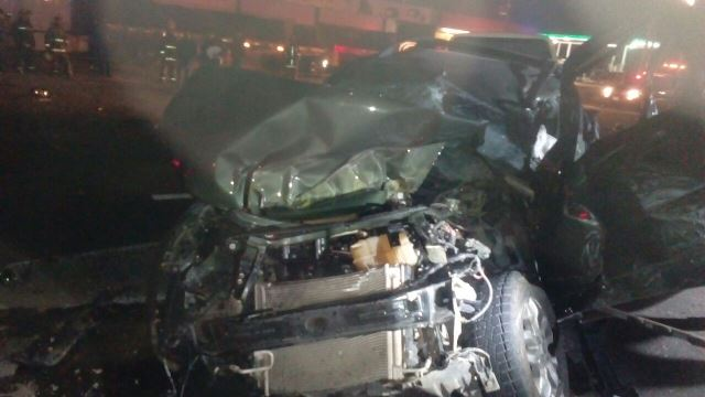 ¡Mujer murió tras chocar su camioneta contra una pipa de gas en Aguascalientes!