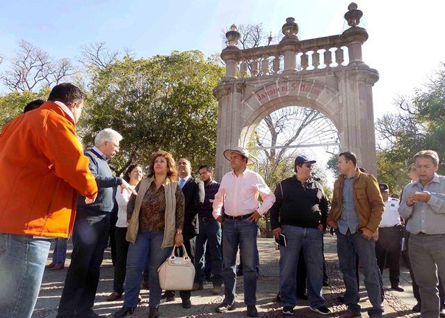 ¡Coordina Gobierno Municipal acciones de organización de la verbena abrileña!
