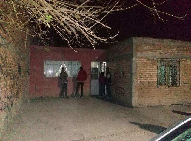 ¡Suicidio 12 en Aguascalientes: fontanero se ahorcó en el patio de su casa!