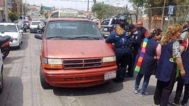 ¡2 niños lesionados tras ser atropellados por una camioneta en Aguascalientes!