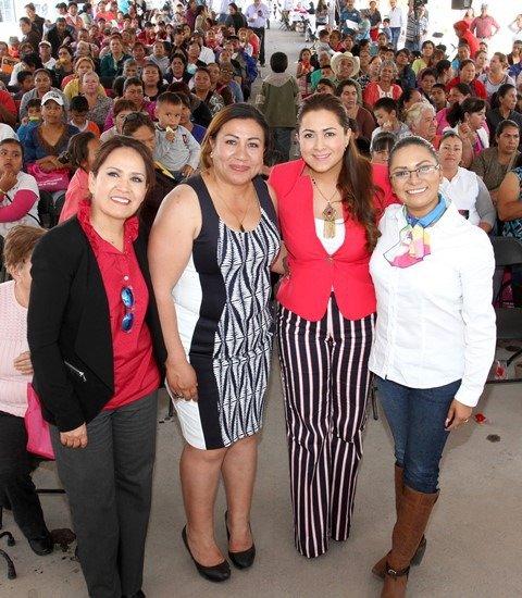 ¡Realiza Municipio de Aguascalientes Feria de los Derechos de la Mujer!
