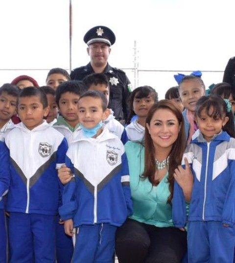 ¡Tere Jiménez atiende problemáticas de estudiantes y profesores!
