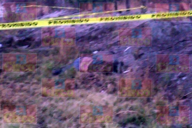 ¡1 muerto tras la volcadura de una pipa en Encarnación de Díaz!