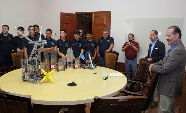¡MOS reconoce el talento estudiantil que representará a Aguascalientes y México en el 'Vex World 2017'!