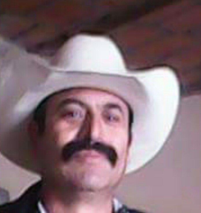 ¡Sujeto asesinó a hachazos a su esposa e intentó suicidarse golpeándose en la cabeza con un martillo en Encarnación de Díaz!