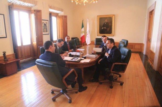 ¡Se reúne gobernador con directivos de empresa de robótica y acuerdan posibles inversiones para Zacatecas!