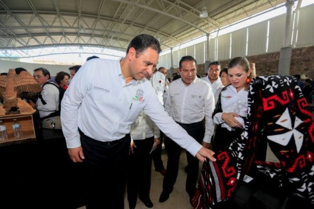 ¡Cuentan con todo mi respaldo para convertir la actividad artesanal en un detonante para el desarrollo de Zacatecas: Alejandro Tello!