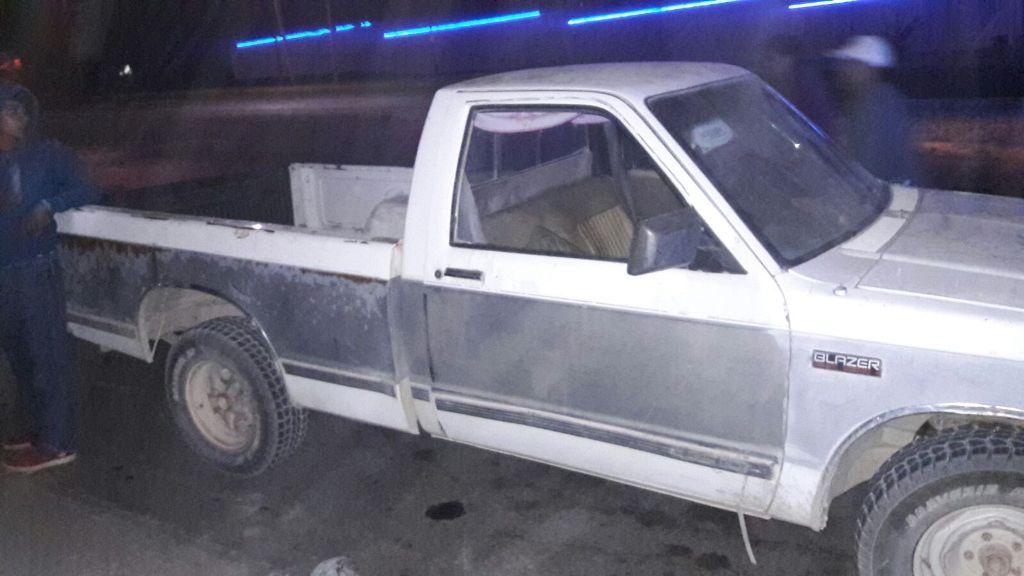 ¡Detuvieron en Aguascalientes a 2 sujetos que robaron una camioneta en Jalisco!