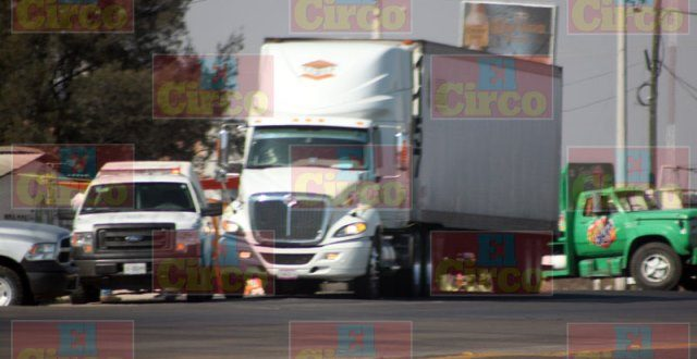 ¡Ejecutaron de 2 disparos a un trailero de SLP en Lagos de Moreno!