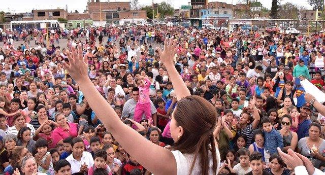 ¡Celebra Tere Jiménez a la niñez de Aguascalientes!