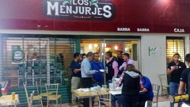 ¡Clausuraron un negocio en la Feria Nacional de San Marcos por falsificar permisos para la venta de alcohol!