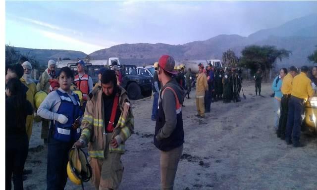 ¡Coadyuva el municipio de Jesús María en los trabajos para controlar el incendio en el Cerro del Muerto!