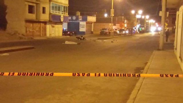 ¡2 muertos tras desigual choque entre una motocicleta y un automóvil en Guadalupe, Zacatecas!