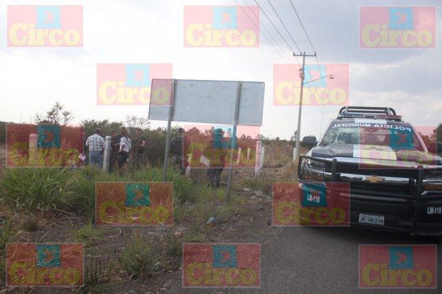 ¡Hallaron muerto a un hombre sobre la carretera Lagos de Moreno-León!