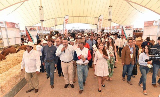 ¡Inaugura MOS el Pabellón 'Hecho en Aguascalientes' y las Expo Agroalimentaria y Ganadera de la FNSM 2017!