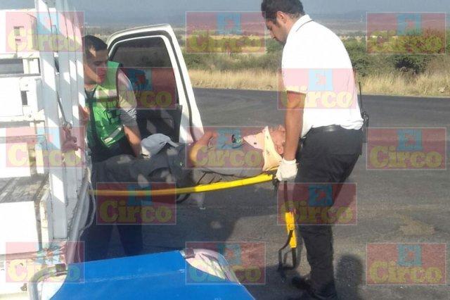 ¡Choque de 2 camionetas dejó 1 lesionado en Lagos de Moreno!