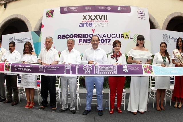 ¡El gobernador Martín Orozco Sandoval encabeza primer recorrido inaugural de la FNSM 2017!