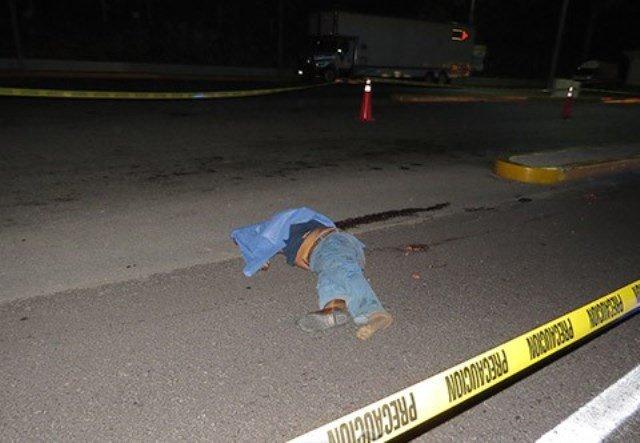 ¡Trailero originario de Aguascalientes murió atropellado en San Luis Potosí!