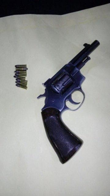 ¡La Policía Estatal Preventiva detiene a hombre en posesión de arma de fuego en Villa de Cos, Zacatecas!