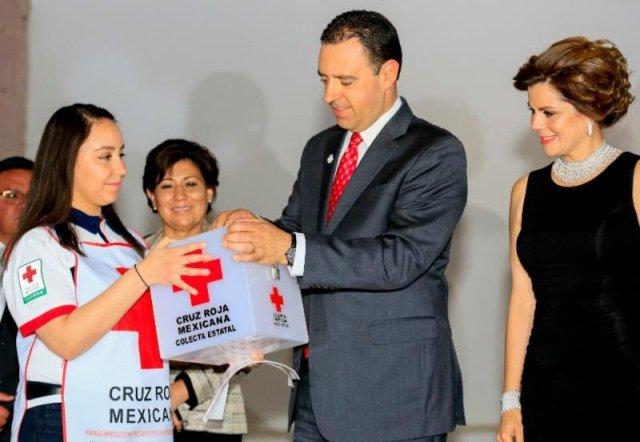 ¡Alejandro Tello pone en marcha la colecta 2017 de la Cruz Roja y llama a los zacatecanos a colaborar con esta noble institución!