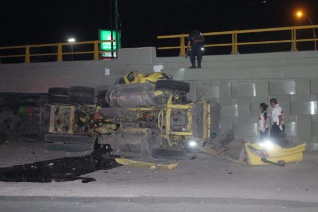 ¡Trailero originario de Aguascalientes murió tras un accidente en León!