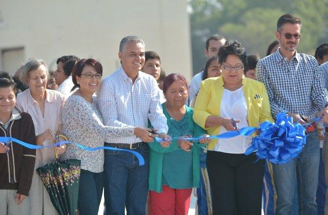 ¡Entrega Municipio de Jesús María rehabilitación integral de vialidad en Maravillas!