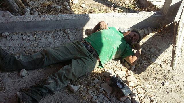 ¡Derrumbe en una construcción en Aguascalientes dejó 3 albañiles lesionados!