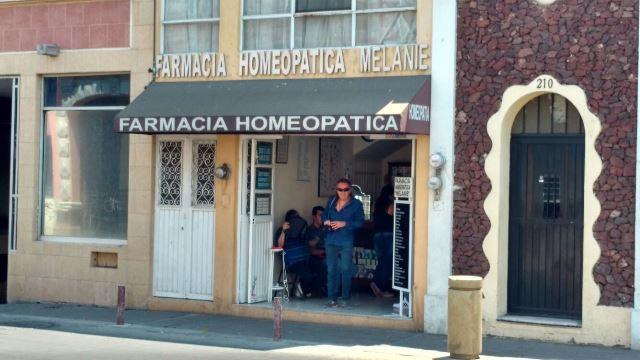 ¡Delincuente asaltó una farmacia en plena Zona Centro en Aguascalientes!