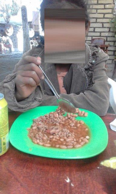 ¡Niña de 10 años de edad fue abandonada por su hermano en una carretera en Aguascalientes!
