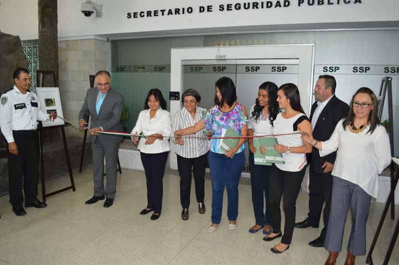 ¡Inaugura la CNDH en la SSPE exposición sobre la prevención de la tortura en centros de Reclusión!