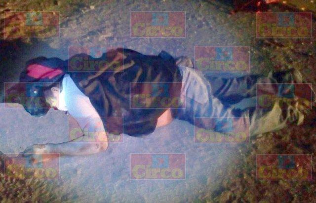 ¡Motociclista murió tras atropellar a madre e hijo en Lagos de Moreno!